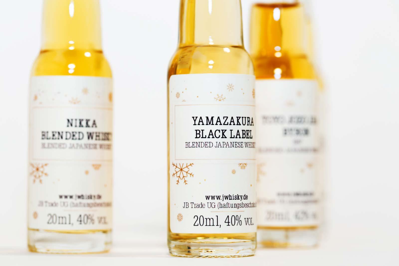 Gesa Siebert Kommunikationsdesign JWhisky Weihnachtskalender 2017 Whisky Flaschen Labels Etiketten